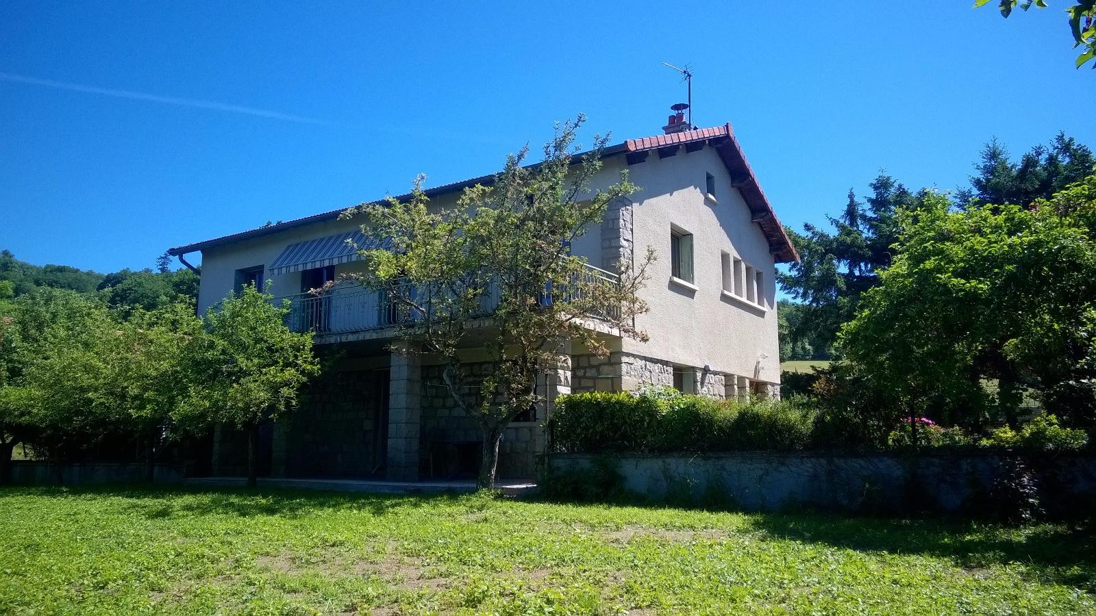 Offres de location Maison Saint-Germain-Laprade 43700
